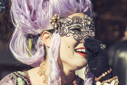 Il sorriso non è una maschera di Elisabetta Chiara Vivian